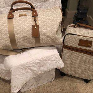 Michael Kors Vanilla (white) luggage, large duffel